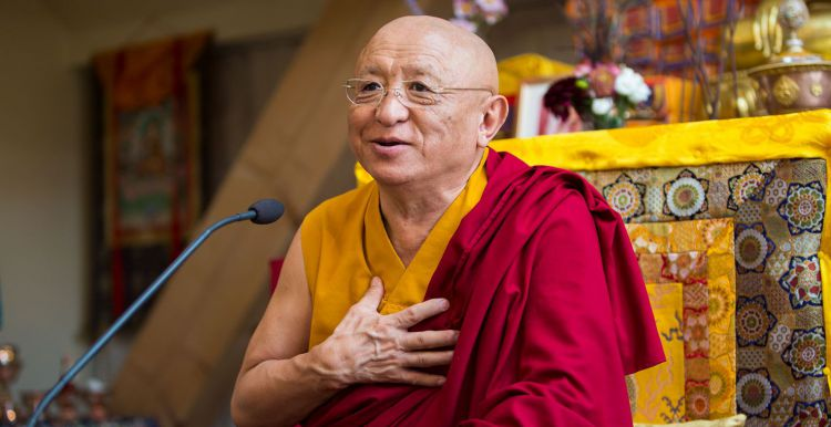 Chökyi Nyima Rinpoche in Gomde Germany- Austria Ⓒ Chris Zifkovic